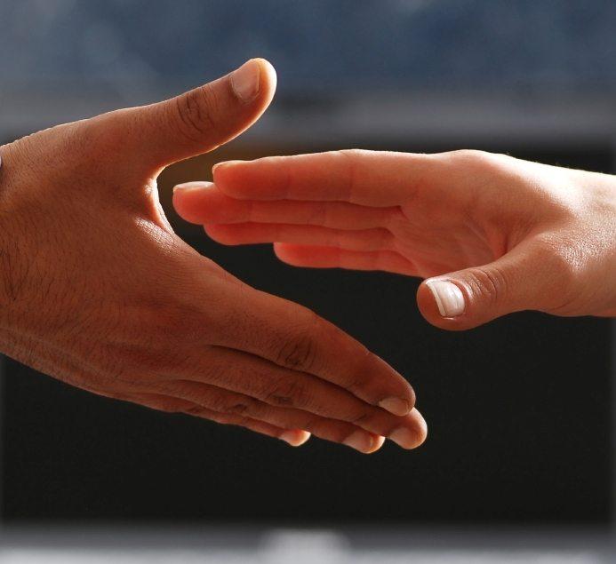 Hands iStock_000020266152Small b
